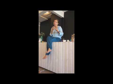 Martine Prenen over olietrekken met Amanprana kokosolie