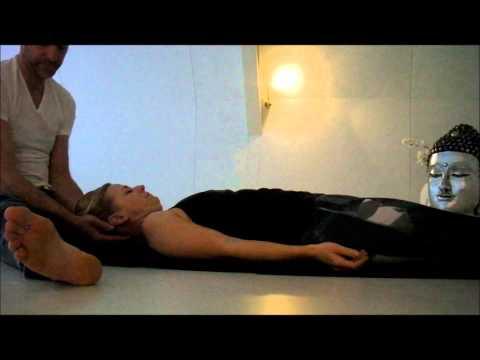 MASyoga workshop yoga strekkingen en massage op de yogamat